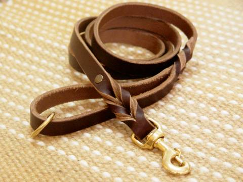 Handcrafted brown leather dog leash for walking and Pulling for dog training or for dog owners